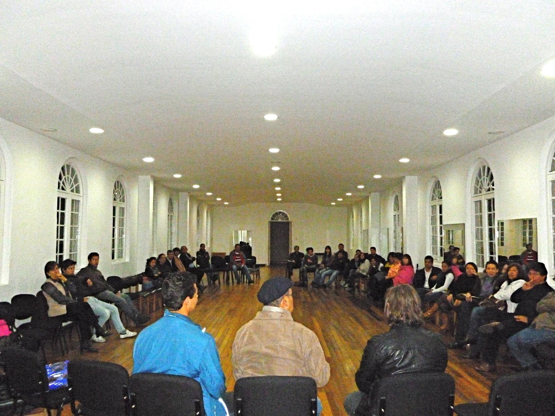 Conferencia sobre chamanismo con Alejandro Retamal, Joe Tafur y