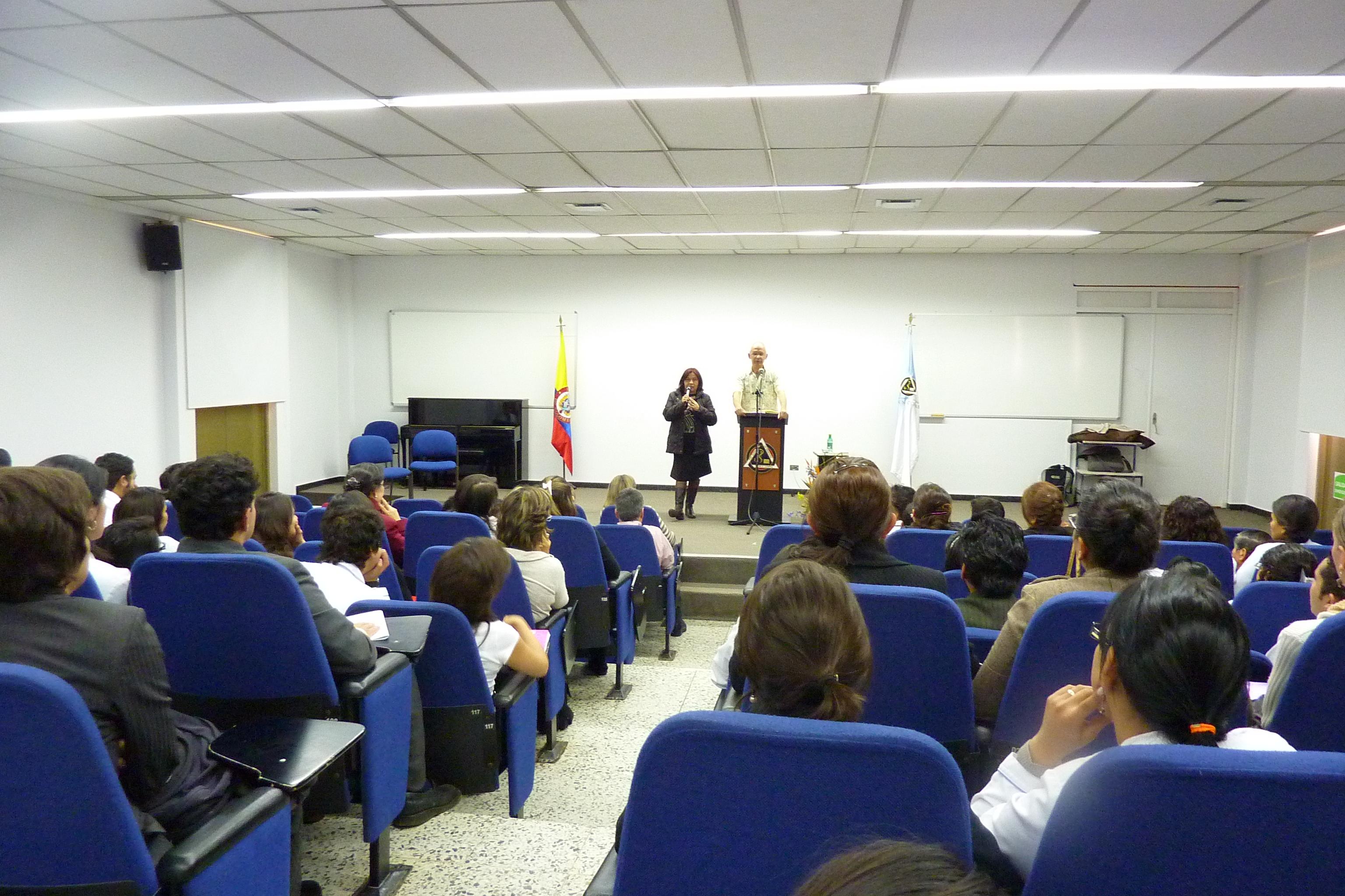 Conferencia de Christian Fleche dictado en la Fundación Universitaria Juan N. Corpas